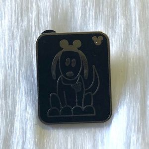 🔮 5/$25 Dog With Mouse Ears Disney Pin